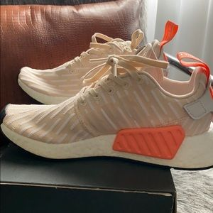 adidas Shoes - Adidas NMD R2